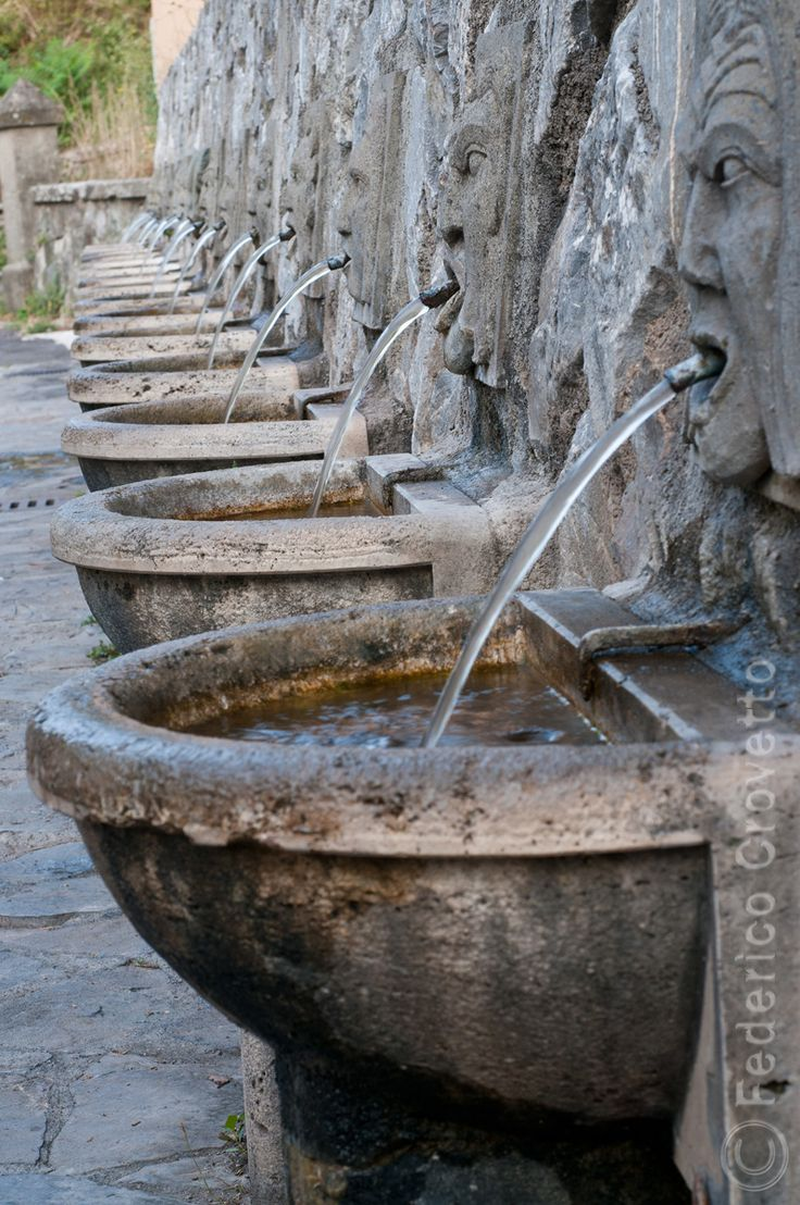 Water fountains adelaide - Roccalbegna