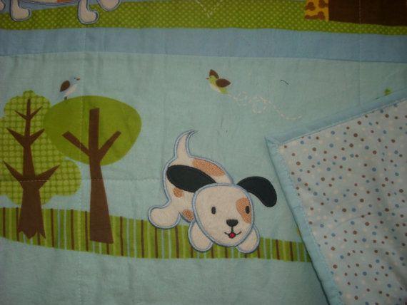 Manta del bebé AppLiqued cachorros con franela azul por debi537onn