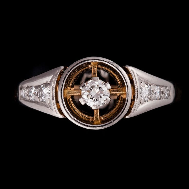 Nils Westerback, vintage 18K gold ring, with brilliant cut diamonds, 1966. #Finland | BukowskisMarket.com