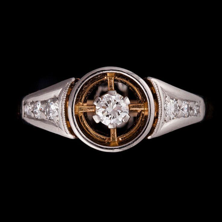 Nils Westerback, vintage 18K gold ring, with brilliant cut diamonds, 1966. #Finland | BukowskisMarket.com