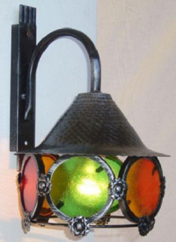LAMPADA-A-MURO-COLORI-IN-FERRO-BATTUTO-LANTERNE-APPLIQUE-LAMPIONE-LAMPADE