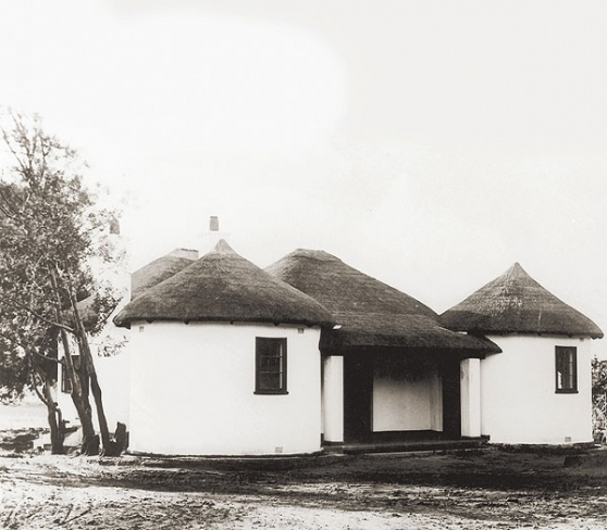 Ghandi's house in South Africa VISI / Articles / At home with Gandhi
