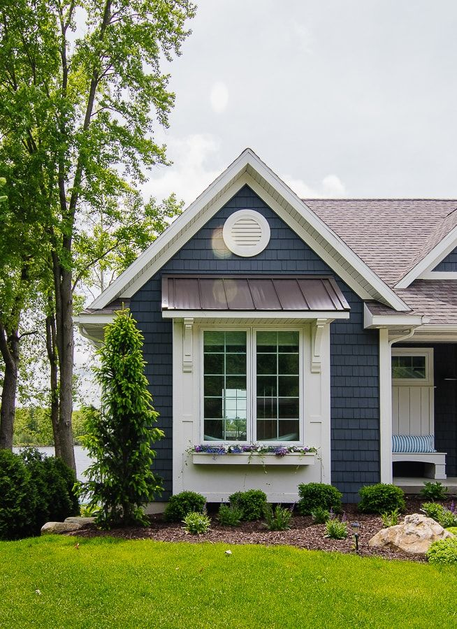 Lake House Landscaping Gray House Exterior Townhouse Exterior