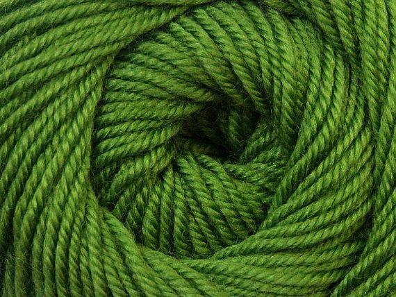 Knit Yarn Wool DeLuxe Green  100 wool knit yarn by specialyarnshop, $8.90