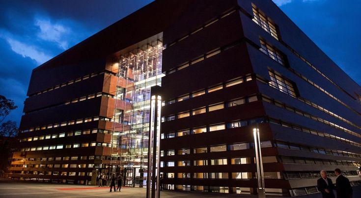 Budynek Narodowego Forum Muzyki, które otwarto 4 września 2015 roku we Wrocławiu. NFM to jeden z najnowocześniejszych obiektów koncertowych w Polsce