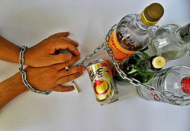 Todo sobre homeopatia: Alcoholismo y homeopatía: tratamientos http://www.todohomeopatico.com.ar/2014/07/alcoholismo-y-homeopatia-tratamientos.html