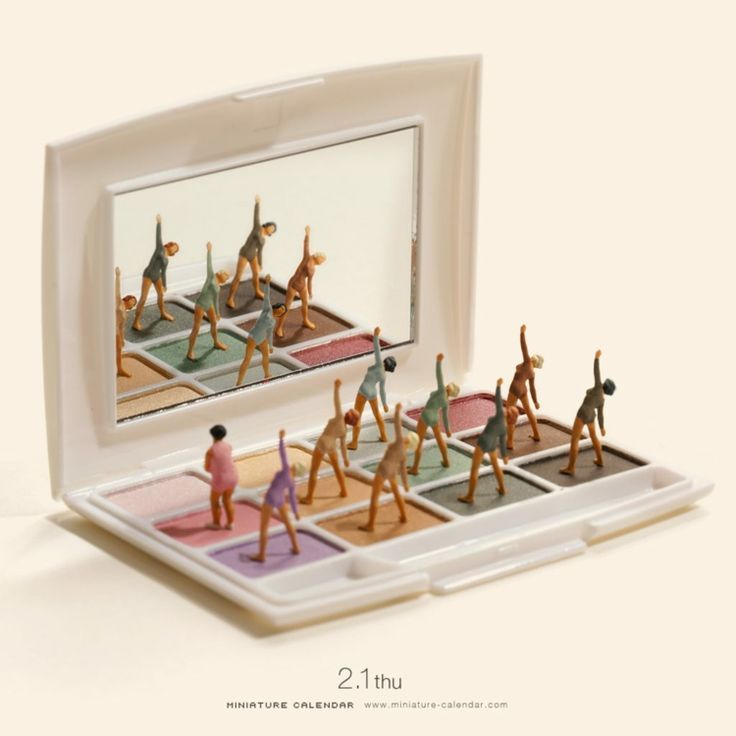 Small Dioramas From Everyday Objects In The Unique Miniature