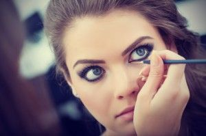 5 Easy Eye Makeup Tips for Deep Set Eyes