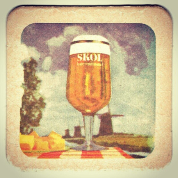 Skol International Beer, Dutch edition. Note the kaasblokjes. #vintage #beer #70ties