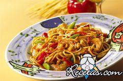 Spaghetti con aceitunas