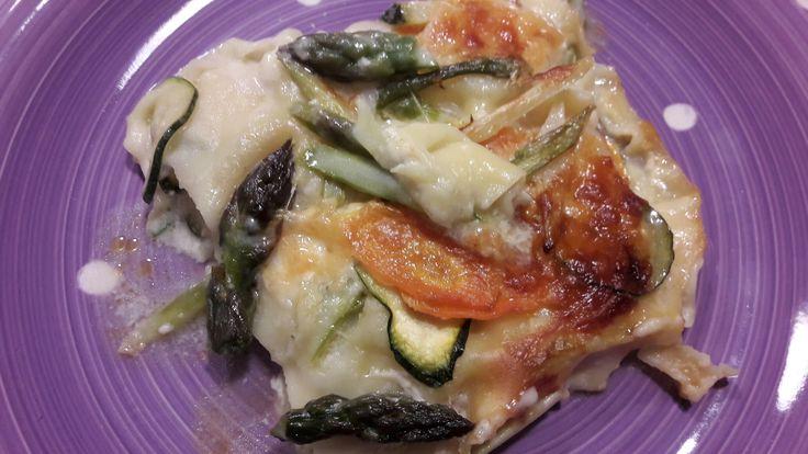 Pasticcio di primavera filanti...Asparagi selvatici, zucchine, carote e formaggio Asiago