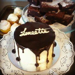 Sweetie Mini Cake - Caramel SMBC with Choc Ganache drizzle
