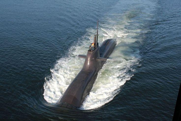 U-32 mit CSU 90 ein von Atlas Elektronik entwickelter Verbund von Sonarsystemen