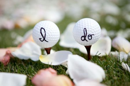 Pretty way to say I Do with golf balls. See more golf themed wedding favors and party ideas at www.one-stop-party-ideas.com