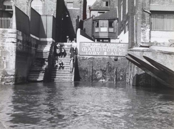 The historic Wapping Old Stairs adjacent to the Town of Ramsgate pub. Seventy years on and the scene is unchanged. Photographed for E. Arnot Robertson's book 'Thames Portrait' (1937).