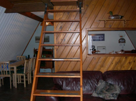 Simple Retractable Wood Stairs.
