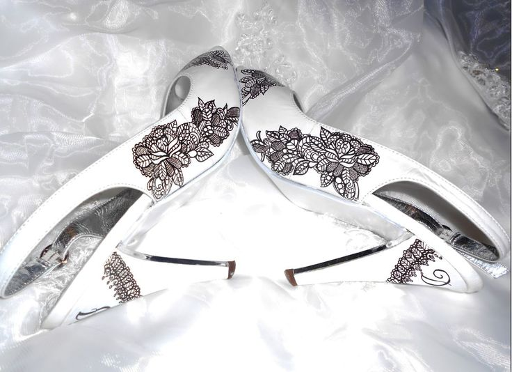 Tattoo inspired offers a bridal range, these black lace bridal shoes feature the words I DO on the heels.