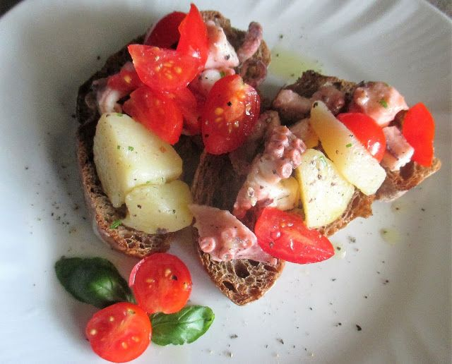 FORNELLI IN FIAMME: BRUSCHETTAS OF HOMEMADE RYE BREAD WITH OCTOPUS, PO...
