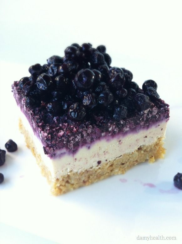 Raw Blueberry Cheesecake *This recipe is vegan, raw, gluten free, dairy free, no-bake, grain free, easy and delicious! http://www.damyhealth.com/2012/10/raw-blueberry-cheesecake/