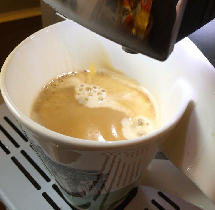 Der Kaffeevollautomat ist angekommen und ich genieße gerade die erste Tasse Kaffee. Sehr schöne Crema und guter Geschmack. Wir freuen uns schon auf den weiteren Test. - https://do.paart.de/?view=social&type=reply&id=321235