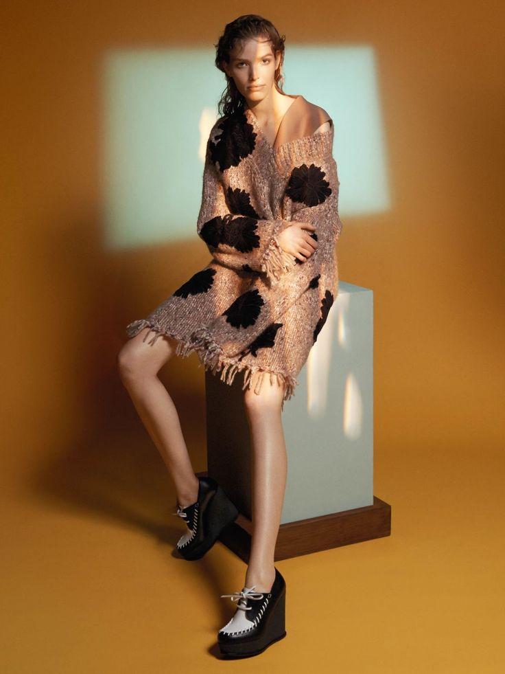 nice Alisa Ahmann stars Sportmax's ad campaign Fall 2015 shot by David Sims [campaign]