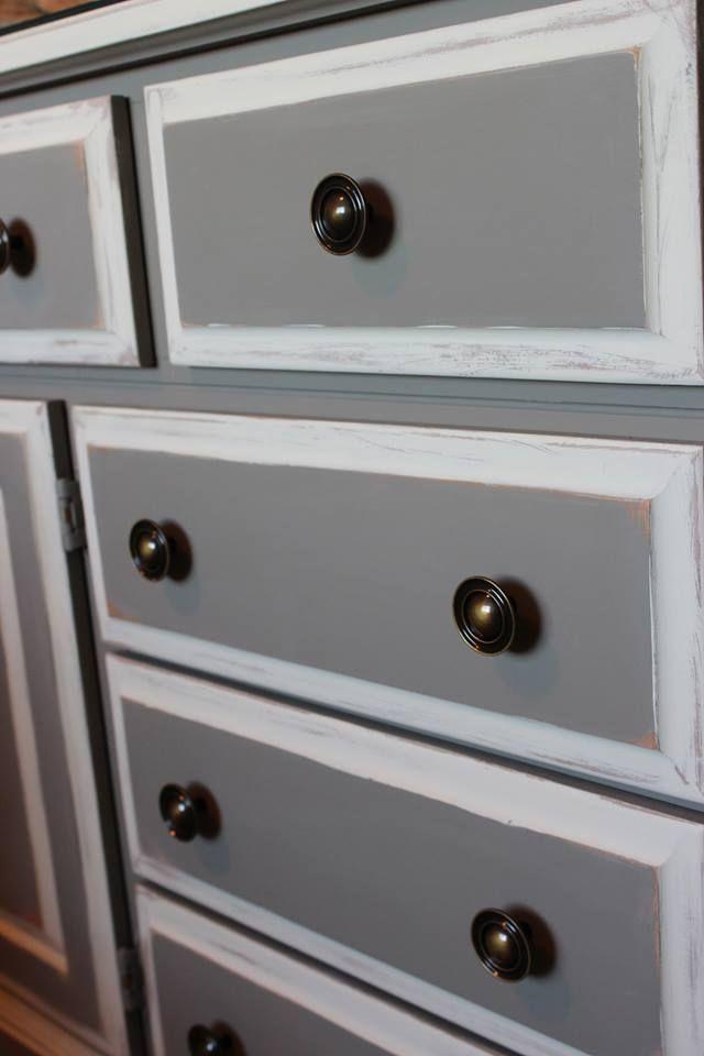 Een Close Up Van Kast Gedaan Door Andrea In French Linen En Old White