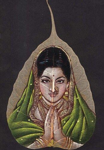 Buy exclusive handmade leaf paintings on www.peepleaf.com