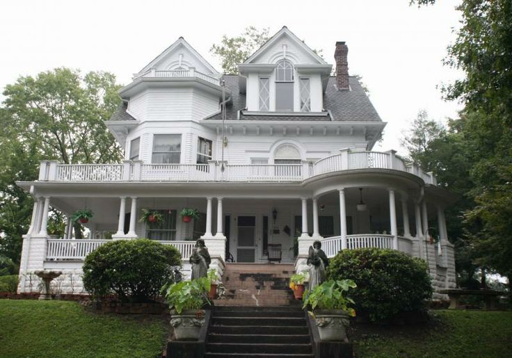 1000 images about kristen and brent on pinterest Brick home plans with wrap around porch