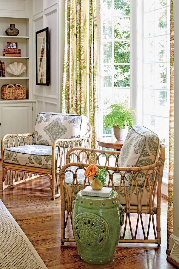 How To Master Classic Georgian Style: Rattan Club Chairs