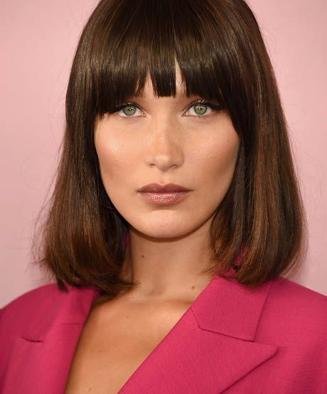 The best celebrity bangs for oval faces: Bella Hadid makes a convincing case for clip-on bangs at the CFDA awards. The ideal solution if you fear the shears. A blunt-banged bob makes a stylish frame for an oval face, a.k.a. the best proportioned of mugs.