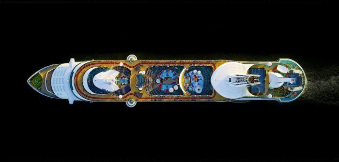 Круизный лайнер «Свобода морей Королевские Карибы» (Royal Caribbean Freedom of the Seas). Автор фото: Jeffrey Milstein.