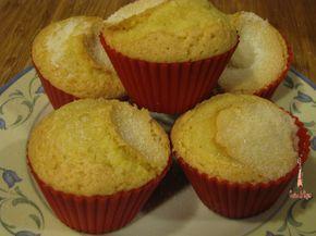 Encontré en el blog de Dunkanizandome una recete de magdalenas y encima sin salvados (que a nosotros nos gusta reservarlos para el pan de ...