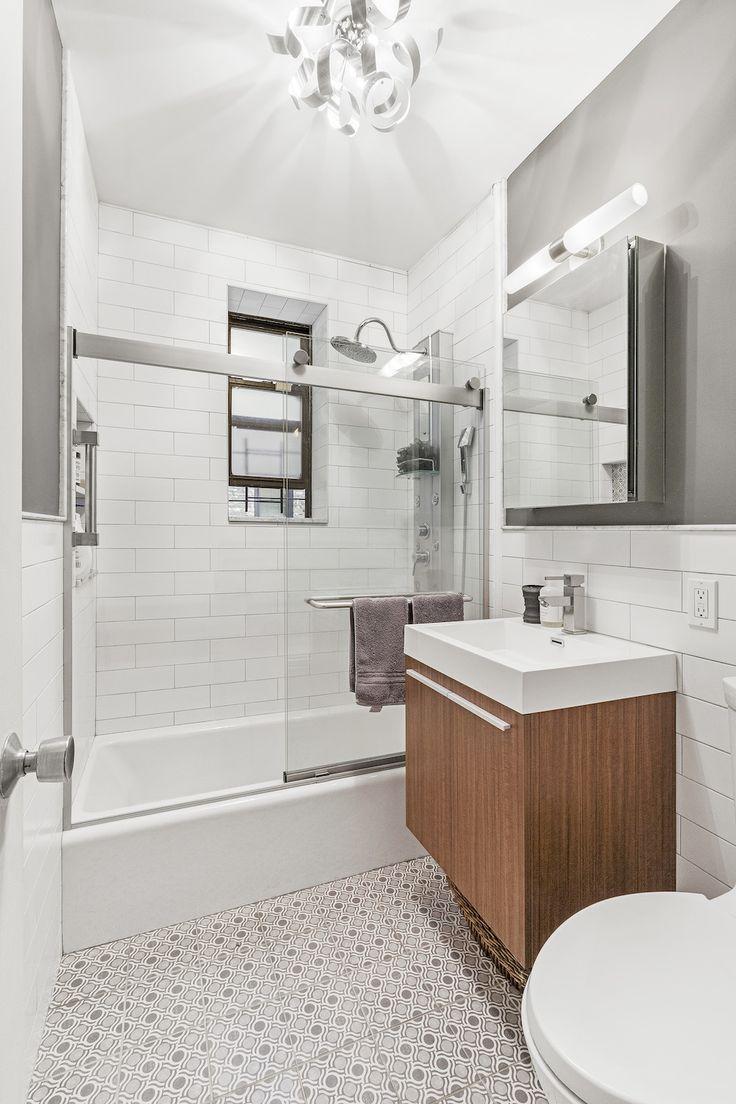 A Brooklyn Bathroom Finds A New Pedestal