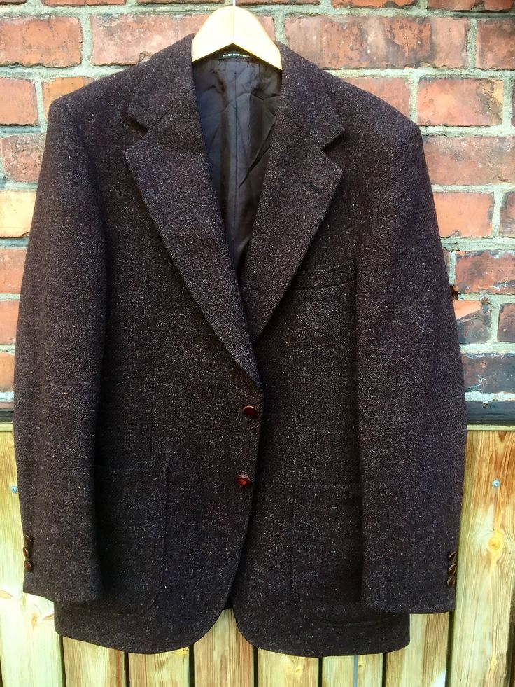 Men's vintage /dark brown/harris tweed /jacket/1960s/retro/suit/sports coat/formal caual/timeless/classic/tally ho/shooting/houndstooth/ by WifinpoofVintage on Etsy
