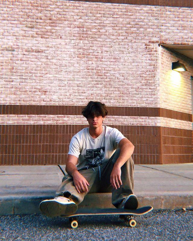 Pin By Sophia On Troy J Zarba Hot Skater Boys Skater Boy Style Indie Boy