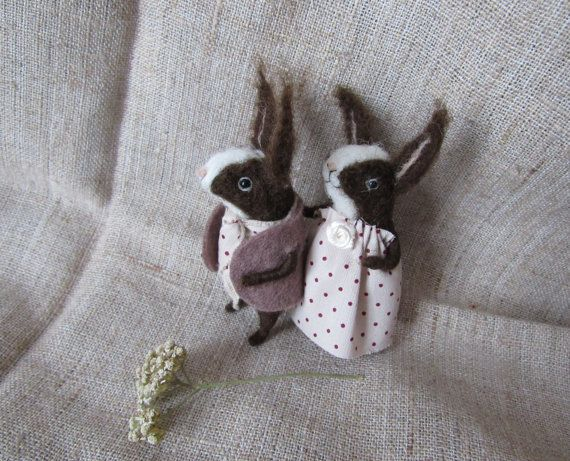 Love the bunnies Couple in love Needle felted animal Cute