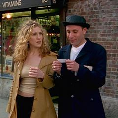 "Pork pie hats typically give us crippling PTSD from Williamsburg in the early aughts but ""Gay Heisenberg"" is actually a really cute look for Stanford. Carrie is evoking Jane Fonda in Klute by way of Central Perk and it's fucking glorious. Bless this pair for turning out two #crucial West Village looks (S1/ EP3) #CarrieBradshaw #StanfordBlatch #Beatnik #WalterWhite #PorkPieHat #WestVillage #90sFashion #Hipster"