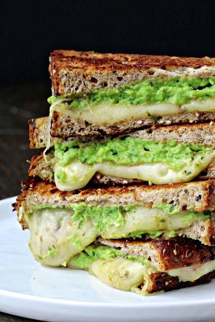 Grilled Cheese with Avocado Pesto #ad | @foodiephysician