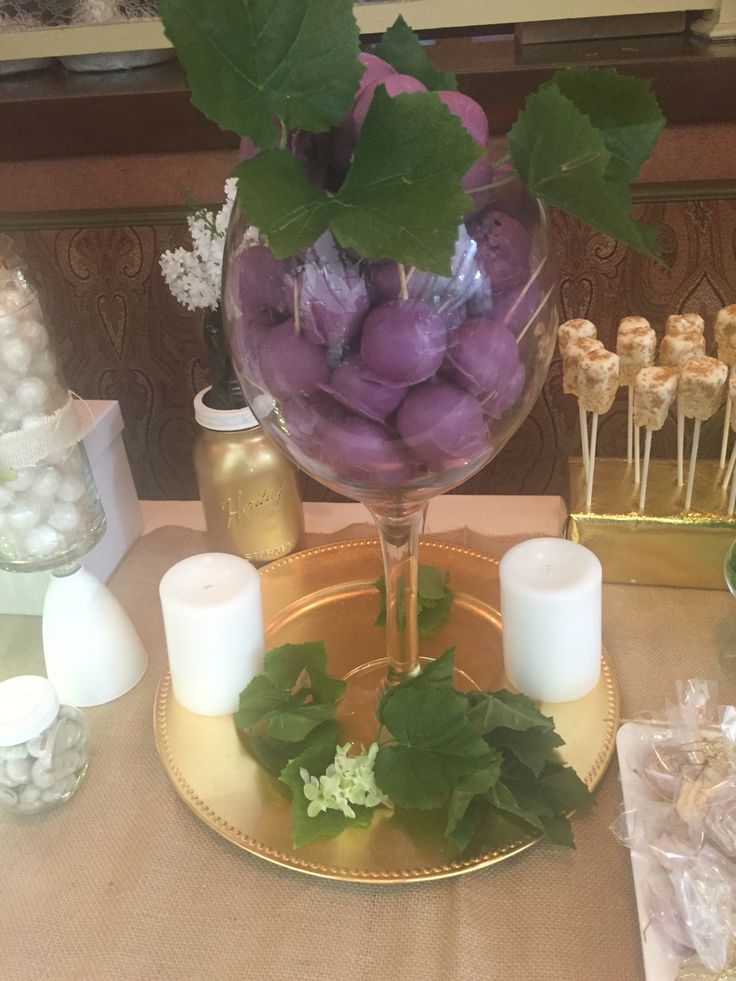 Grape wine theme cake pop