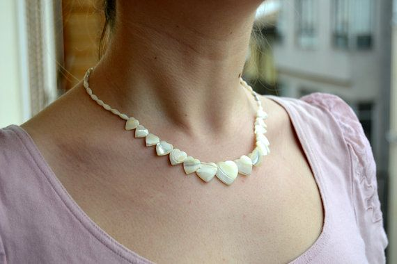 beach Jewelry Necklacebeach necklace mother of pearl by Limbhad
