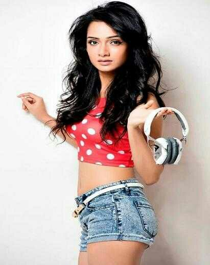 Sexy Unseen Indian girls pic: Indian Hot Female Singer Erotic pics