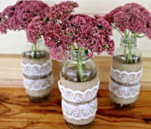 10 Mason Jar Crafts: DIY Home Decor and Handmade Gifts in a Jar!