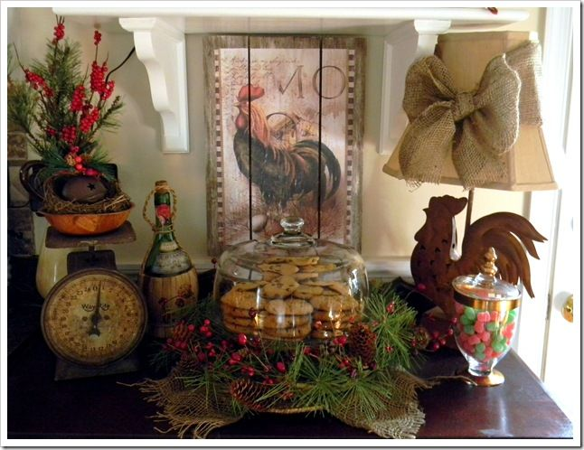 bow around lamp and greenery and burlap with cookies plateKitchens Decor, Country French, Ceramics Roosters, Rustic Roosters Decor, Christmas Kitchens, French Country, Roosters Lamps, Christmas Decor, Christmaswint 2011