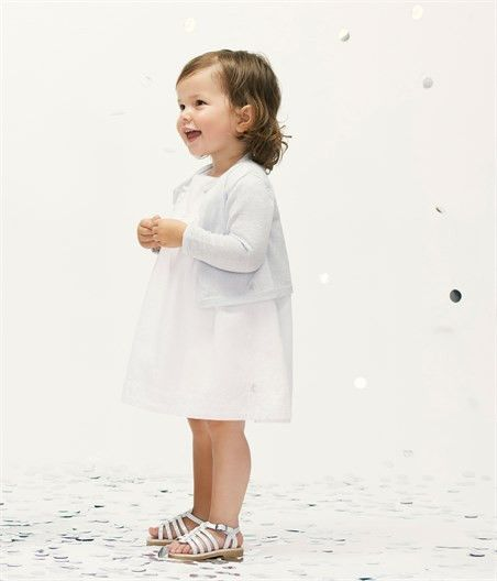 About the brand:  Founded in France in 1893, Petit Bateau hails from a rich history that for many conjures sweet memories of childhood happiness, passed forw...