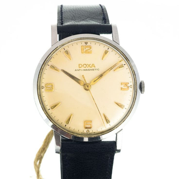 If you know the brand Doxa then you can recognize the style from far