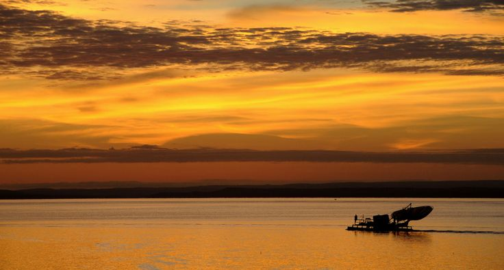 Photography - awesome Lake Kariba sunrise, Zambia