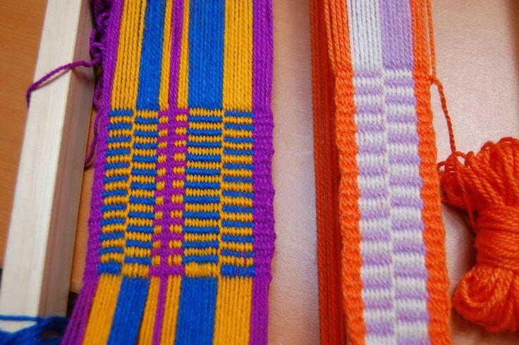 Tejidos en Telar Mapuche hechos por mis alumnas llano + peinecillo urdimbre en ocho y urdimbre circular