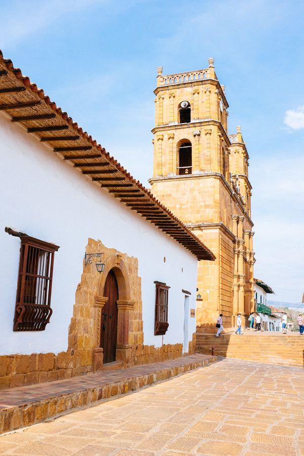 Catedral de la Inmaculada Concepción y San Lorenzo Mártir en Barichara, bella arquitectura colonial. Templo de la Inmaculada Concepción #colombia