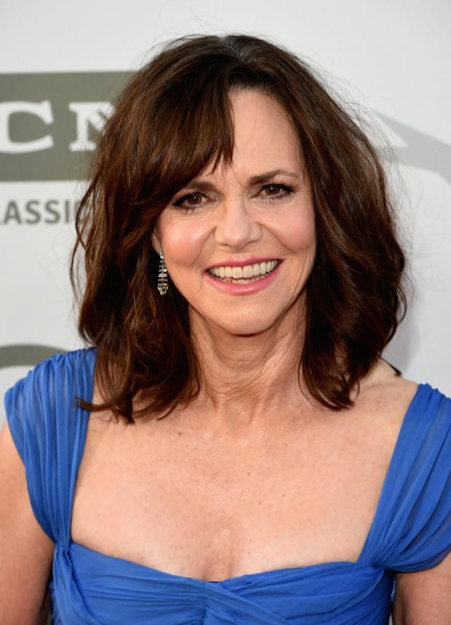 20 Gorgeous Shoulder-Length Haircuts for Women Over 50: Sally Field's Perfect Waves