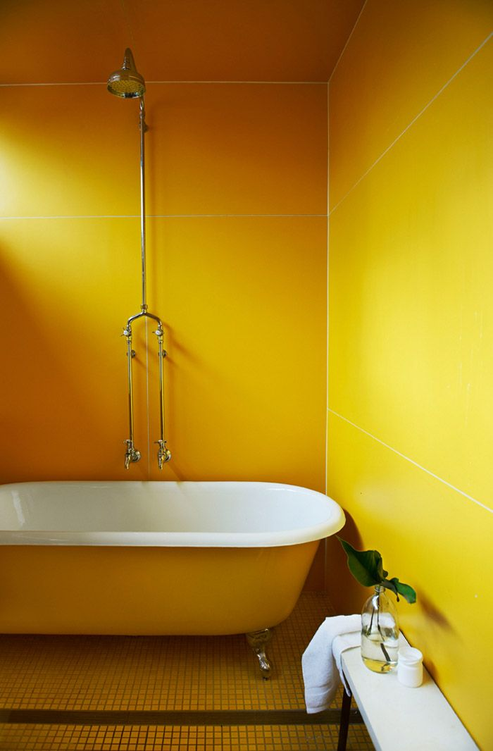 166 best images about clawfoot on pinterest bubble for Bright yellow bathroom ideas